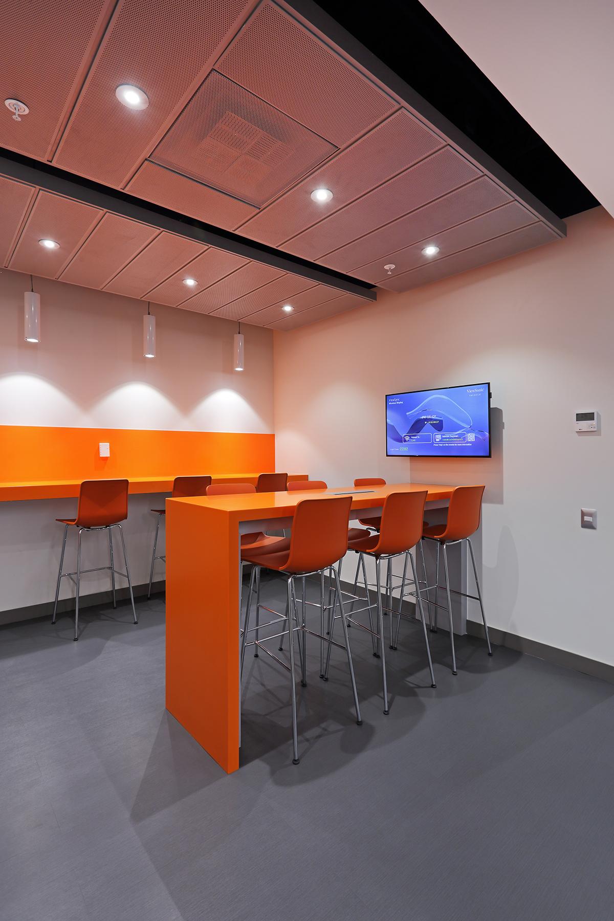 Oficinas indumotora enews hunterdouglas productos for Productos oficina
