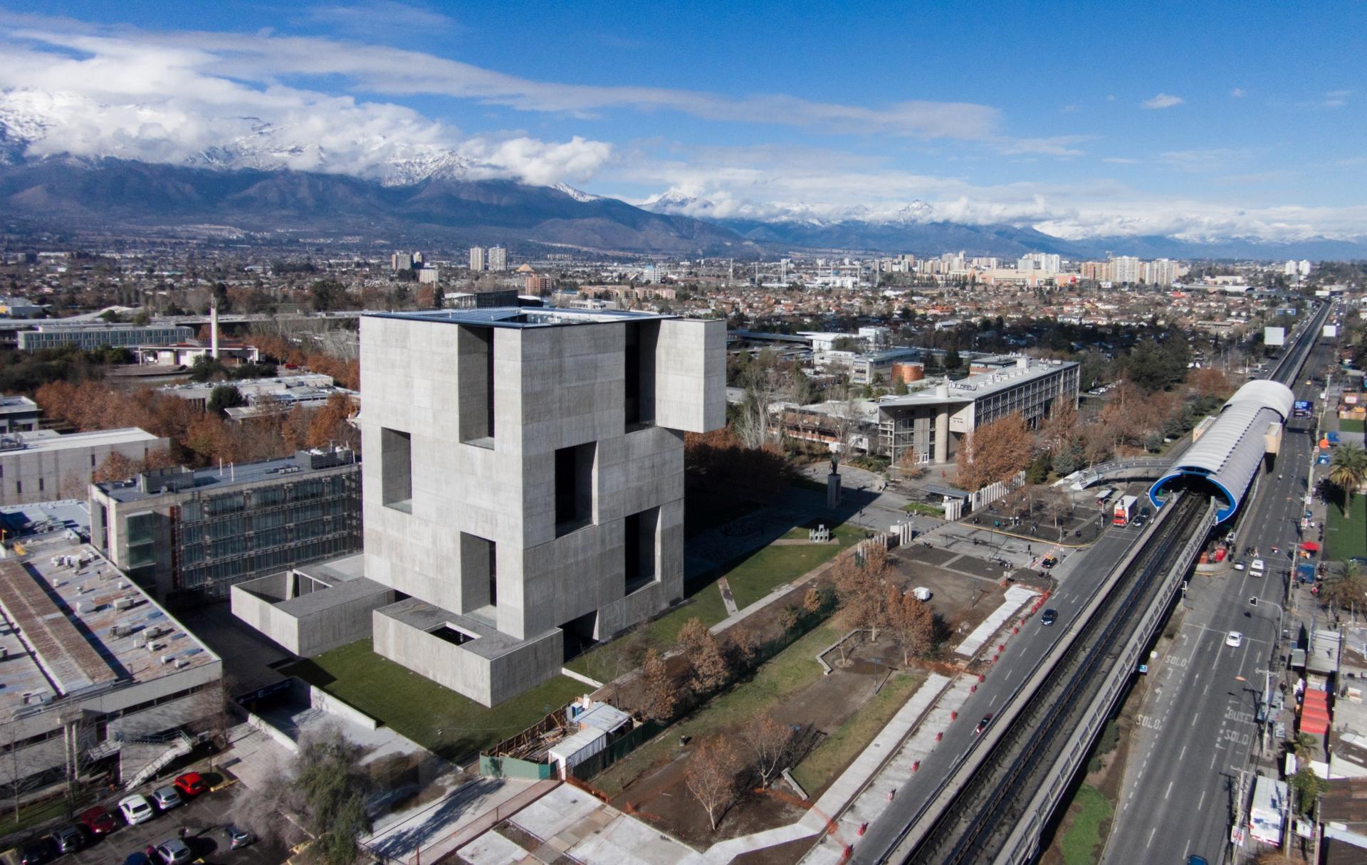 Centro Innovación UC - Anacleto Angelini